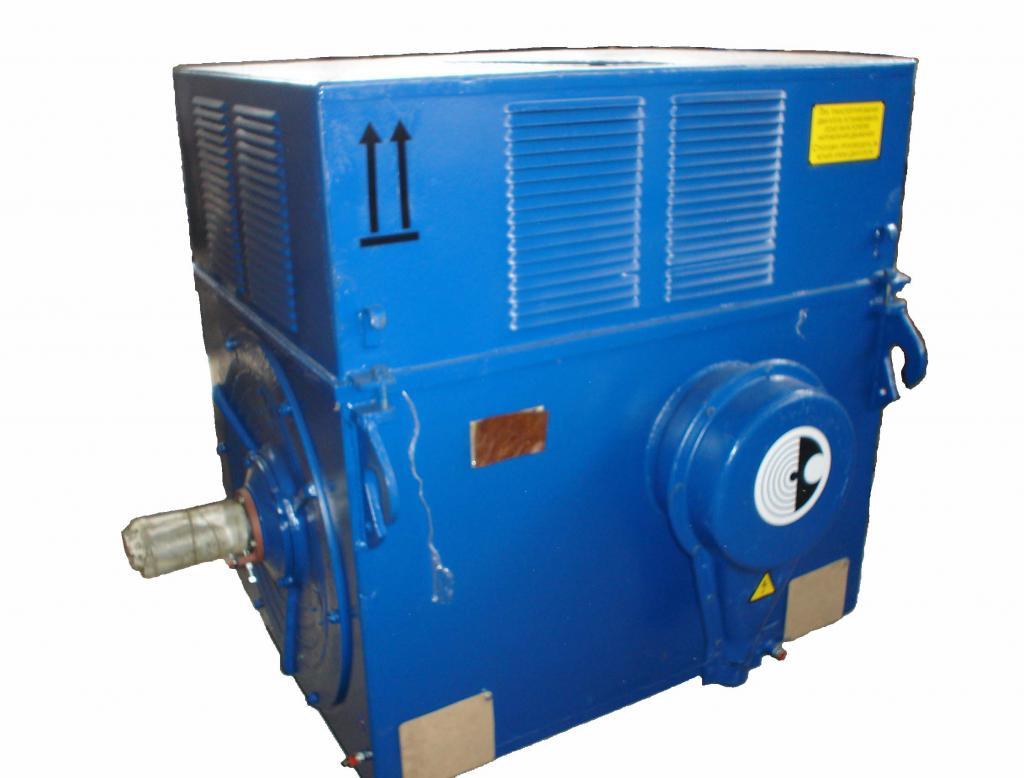 электродвигатель ДАЗО4
